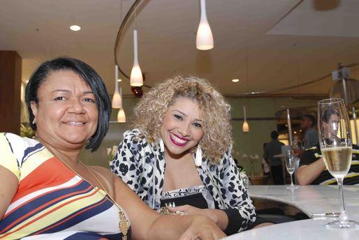 Cláudia Pessoa e Aila Menezes