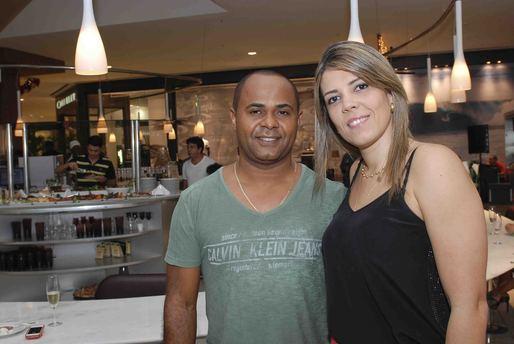 Osvaldo Souza e Cecília Souza