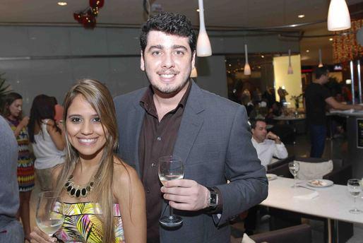 Thamires Martinês e Kim Pinheiro