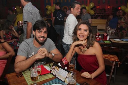 Lendro Barbosa e Prisicla Souza