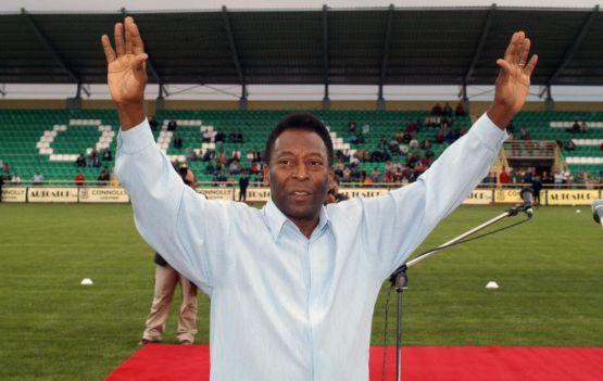 Hoje é o dia de nosso Rei Pelé.