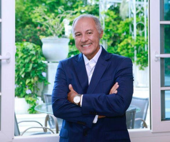 Escritor Luiz Roberto Mattos - foto Samuel Cerqueira