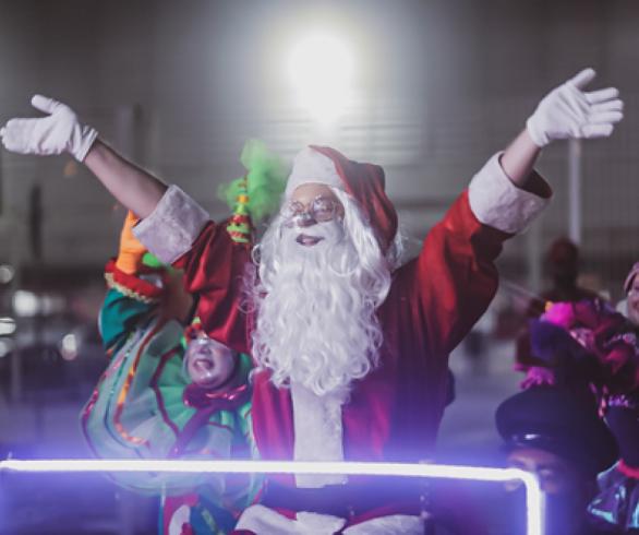 O espetáculo marcará a chegada do Papai Noel e abertura da decoração de Natal no shopping