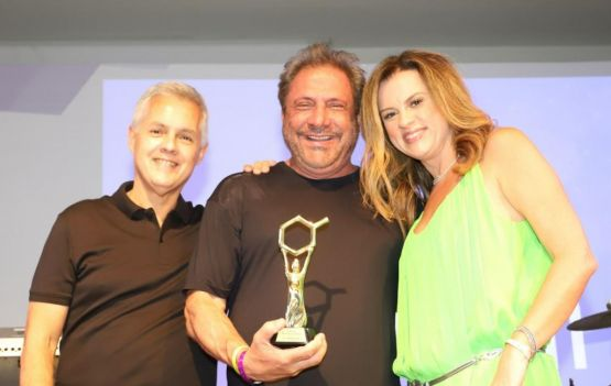 Na foto: Dr. Luiz Carlos Calmon, Dr. Walter Pace e Patrícia Rudge Crédito: Saulo Brandão