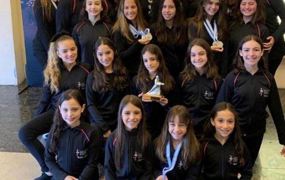 O Ballet Bahiano de Tênis está em festa comemorando os inúmeros premios noConcurso 25 Anos do Danzamerica.