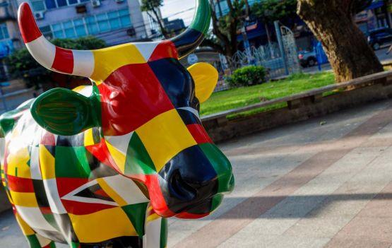 COW PARADE - Lucas de Ouro__Vacas nas Ruas -  FOTO Ulisses Dumas.jpg
