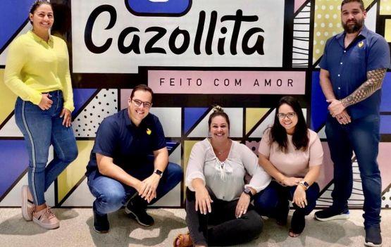 Cazollita - o grupo de cinco sócios formado por Renata Marzolla, Vinicius Moraes, Carla Marzolla, Nathalia Dantas e Nelson Souza