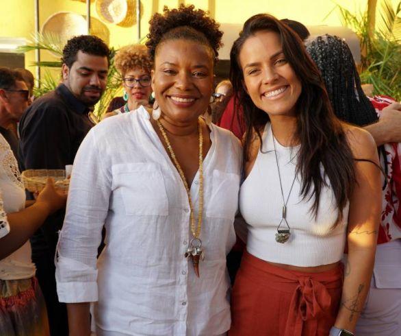 Loja Conceito do artesanato da Bahia inaugurada com festa concorrida.