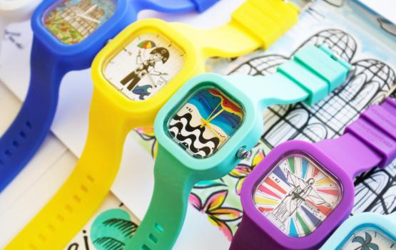 """Gente eu amei a nova coleção da Wave Watches assinada pelaartista plástica Miu Monteiro com a """"Cores do Brasil"""",."""