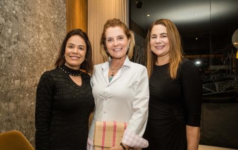 Jaqueline Campos, Cristina Luna e Lourdes Medauar - foto Tati Freitas