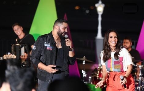 Rode Torres grava DVD no Santo Antônio Além do Carmo com participações de Ivete Sangalo e Léo Santana
