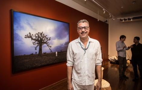 Ayrson Heráclito e sua obra - Foto Tati Freitas