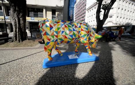 Vaquinhas do CowParade podem ser vistas nas ruas até 8 de novembro
