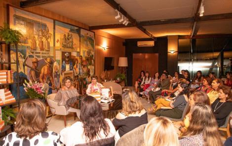 Consuelo Blocker e Alessandra Blocker lotaram a Arena do Conhecimento da Casa Cor Bahia.