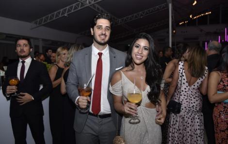 Felipe Monteiro e Carol Gaspar