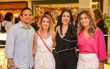 Renato Vilela-Vanessa Koppe - Juliane e Mariana Facó-Foto_Roque Holanda