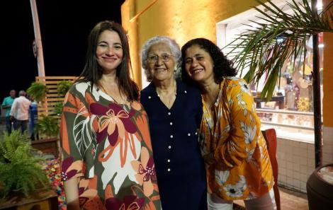 Belô, Mabel e Ju Veloso
