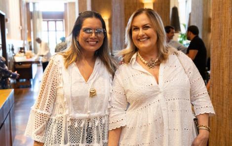 Adriana Regis e Ana Lidice Costa