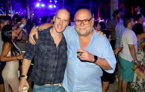 Jorge & Mateus agitam a primeira noite do Réveillon Nº1, em Itacaré