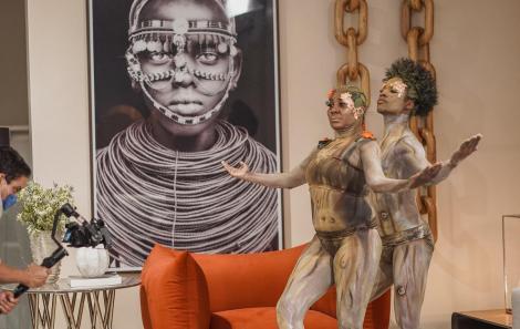 Breton Salvador comemora   o sucesso  da Live com o Balé Folclórico   da Bahia