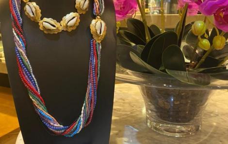 Colares coleção patuá prata com banho de ouro e pulseira tb em prata com banho de ouro